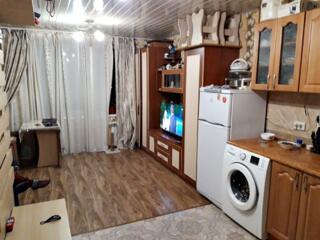 Cameră cu condiții proprii, 24m2,sectorul Botanica, etajul 2din 3,12500