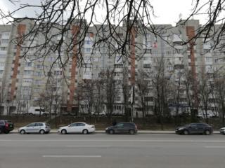 Buiucani, Alba Iulia! Apartament cu 4 camere. Bloc din piatra. Garaj.