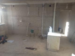 Очистка стен потолков от штукатурки! краски! извести! обоев! плитки!!!