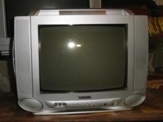 Продам телевизор VESTA в хорошем состоянии.