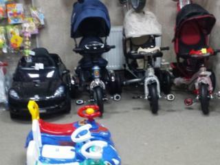 Магазин игрушек и канцтоваров, район Красные Казармы пер. Чкалова 53
