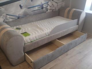 Изготовление и ремонт мебели качественная перетяжка любой сложности.