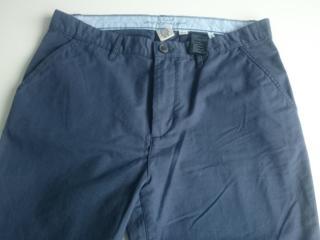 Vind pantaloni pentru adolescent 13-14 ani.