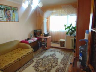 2 odai separate, Botanica, Traian, suprafata 48 m2,cu reparatie, mobilat