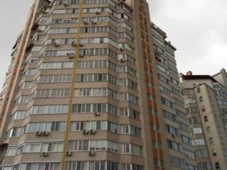 Penthouse în 2 nivele! Riscani! Varianta Albă!