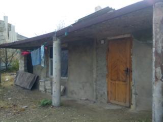 Бубуечь Bubuieci - 3 км от Кишинёва 10 сот. с недостроенной времянкой.