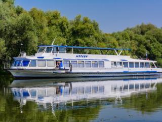 Экскурсии на туристическом теплоходе Excursii cu nava pe râul Nistru