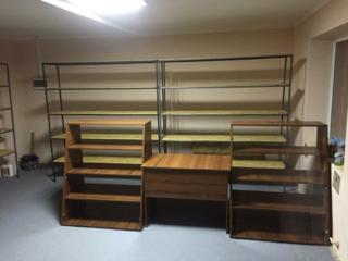 Продам 3 стеллажа + стол+2 витрины
