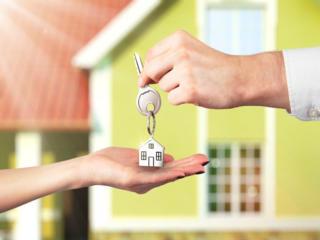 Продам отд. часть дома 35кв. в/у, автономка, ремонт, центр/договорная!