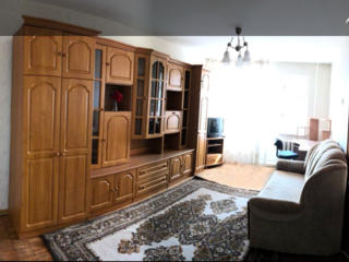 Apartament 1 camera Buiucani, st. Paris, et 4 din 5, zona foarte buna!