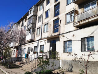 Буюканы, 3-комн., 3/5 этаж, котелец, середина, 2 балкона, недорого!
