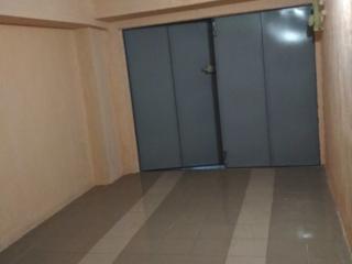 Хороший сухой гараж, с подвалом 32 m2.
