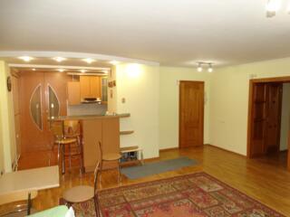 Apartament de 3 camere, 98mp, Buiucani, str. Alba Iulia