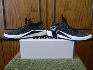 Мужские кроссовки новые. Размер 39-41
