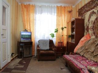 1/2 Продам двухкомнатную квартиру в районе центрального ЖД вокзала.