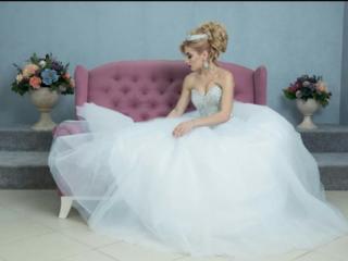 Продам свадебное платье ни разу не одетое!!
