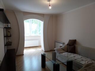 Apartament cu 3 odai, centrul sectorului Botanica, 71 m2, mobilat.