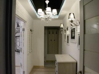 Центр. 2-комнатная. Дизайнерский ремонт, техника, мебель.