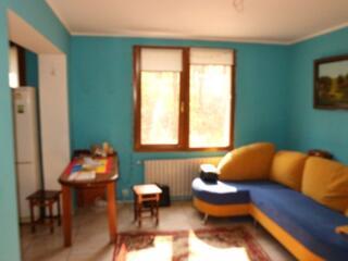 Se vinde apartament cu 2 odăi, Euroreparație, autonomă, mobilă, tehnic