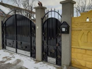 Продам дом, Яловены с.Мисовка, в отличном состоянии, есть вода, газ