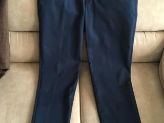 Продаются в отличном состоянии подростковые брюки и рубашка
