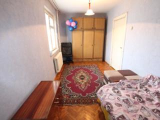 Apartament mai jos de Elat, Decebal colt Zelinschi 24500 Euro