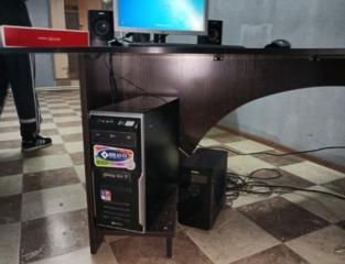 Офисный стол черный орех 2500 маленьких торг возможна доставка!