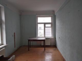 Apartament cu 2 camere separate, 48m, et. 2/4, Incalzire Autonoma