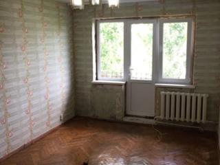 Срочно продам 1 комн. квартиру 5/5 середина 12800 евро!