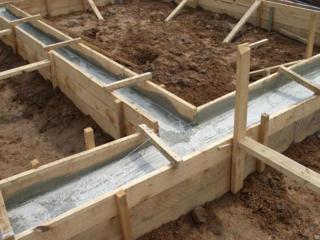 Бетонные работы. заливка бетона. терассы, фундамент, колонны и др...