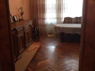 Продается теплая, светлая 4-комнатная квартира.