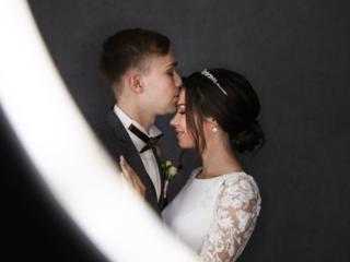 Свадебный и семейный фотограф.