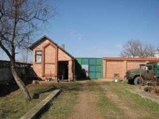 СРОЧНО ПРОДАМ 2.2 гектара земли и большие складские помещения