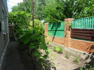 Продам дом с гаражом, 5 сотками земли в Тирасполе на верхнем Кировском