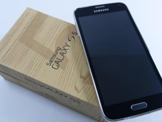 Samsung Galaxy S5 ДВА СТАНДАРТА CDMA/GSM в идеальном состоянии.
