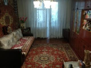 Продам большую 3х комнатную на Бородинке, 68/52/7.5, 21000 уе