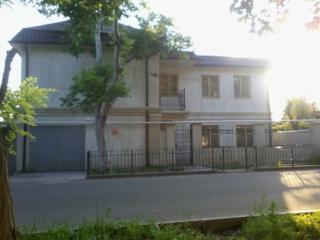 Сдам свой новый 2-эт дом на 12 ст. Большого Фонтана, 10 сп. мест,