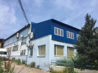 Spații de producere de peste 4000 m. p, fabrică de confecții, m. Bălți
