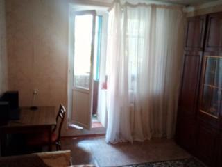 Продается 3-комнатная квартира. Центр.