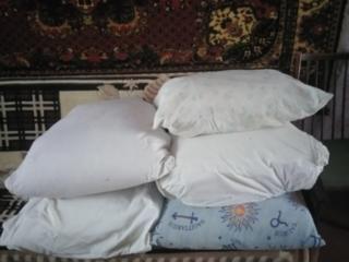 Продам перьевые подушки.