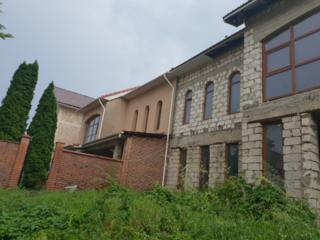 Casa noua, cu 2 nivele la Durlesti, data in exloatare