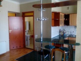 Двухуровневая квартира в центре, 4 отдельных спальни, два санузла