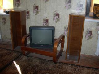 Срочно продам мебель и всё остальное в связи с отъездом.