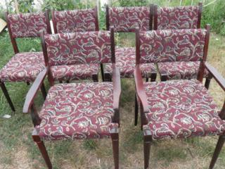 Vînd scaune stare ideală (material nou) 6 si 4