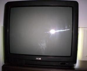 Телевизор Hi-Star и телевизор AKAI б/у Требуют ремонта.