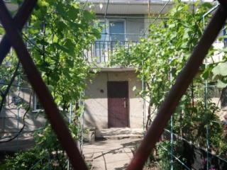 Продам двухэтажный коттедж, 90кв. м, 6соток