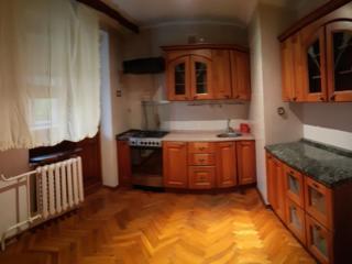 Сдается 3-комнатная квартира по цене 2-комнатной. 250 евро.