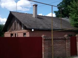 Часть дома с участком под строительство у парка Победа.