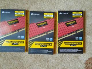 Продам DDR4 Corsair Vengeance LPX 16GB (2x8GB)