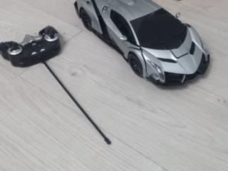 Продам игрушку Autobot